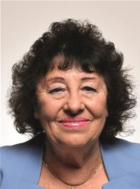 Profile image for Councillor Vivienne Chapman